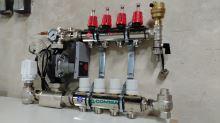 Rozdělovač s průtokoměry a čerpadlem 10 okruhů TOP 557A